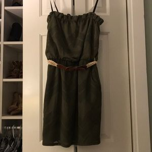 Green strapless dress with belt